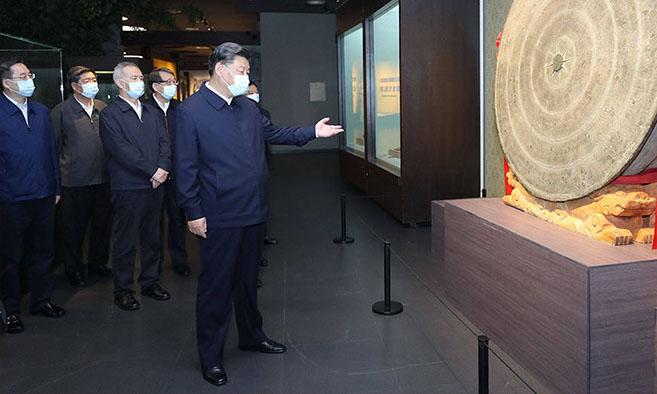 跟着总书记参观博物馆 感知历史展望未来